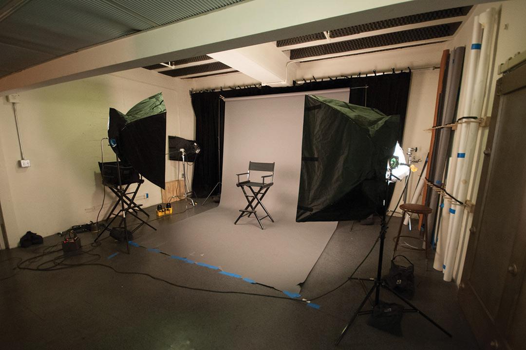 Warner Bros. Design Studio - Photo Lab